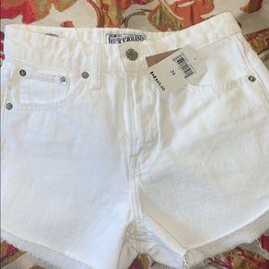 BEAND NEW WOMEN Lucky brand shorts
